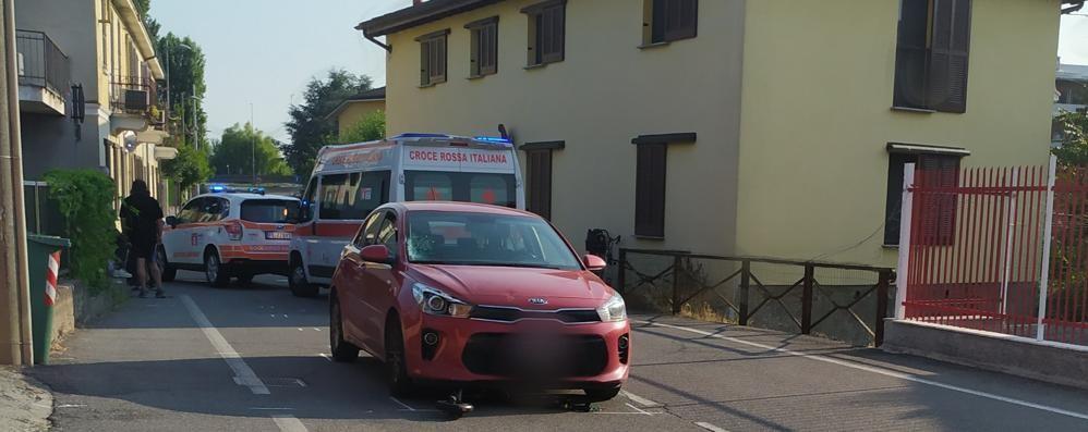 Auto travolge uomo in monopattino a Lodi, 41enne in gravi condizioni