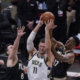 Basket, Gallinari e Atlanta spalle al muro