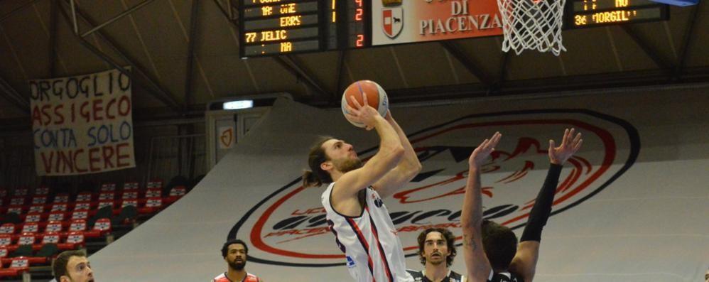 Basket, l'Assigeco conferma Cesana