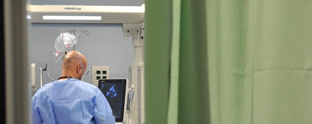 Covid, un 13enne finisce in ospedale