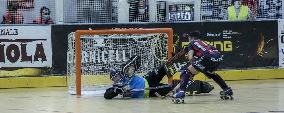 Hockey, Grimalt sempre più para-rigori