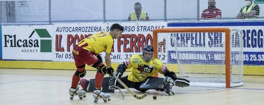 Hockey, l'Amatori fallisce il primo match ball scudetto