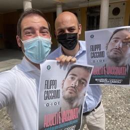 Il ritorno in scena di Caccamo: adulto, vaccinato e... laureato