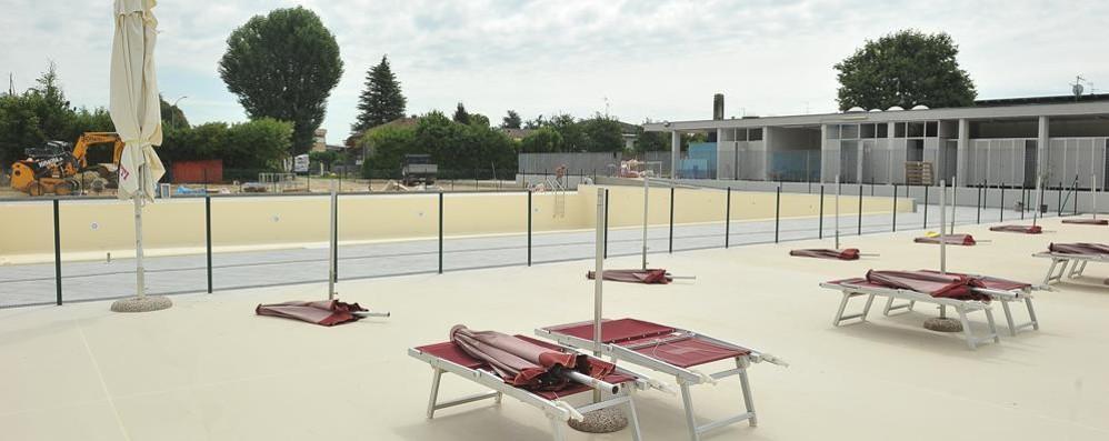Lodi Vecchio, si avvicina l'ora dei primi tuffi in piscina