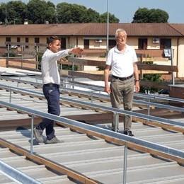 Materiale in ritardo, rimandati i lavori sul tetto dell'asilo