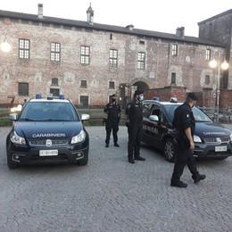 Melegnano, dopo i disordini in centro scattano i maxi controlli dei carabinieri