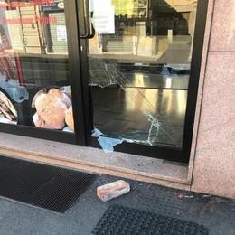 Melegnano, negozi ancora nel mirino: raid notturno in una panetteria