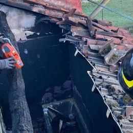 MIRADOLO TERME Incendio devasta un'abitazione - GUARDA IL VIDEO