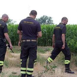 San Giuliano, si cercano due amici delle vittime. Autopsia rinviata a mercoledì