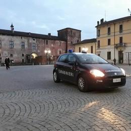"""Schiamazzi e insulti ai carabinieri: movida """"selvaggia"""" a Melegnano"""