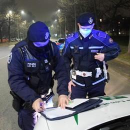 Sequestrati in un  negozio etnico di San Giuliano occhiali da sole contraffatti