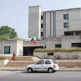 Truffa da due milioni di euro a Sant'Angelo, promotore finanziario a processo