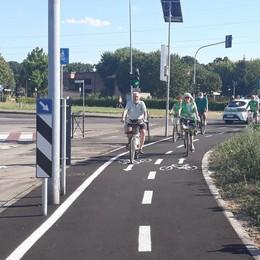 VIZZOLO Inaugurata la pista ciclabile che unisce Cerca e Pandina