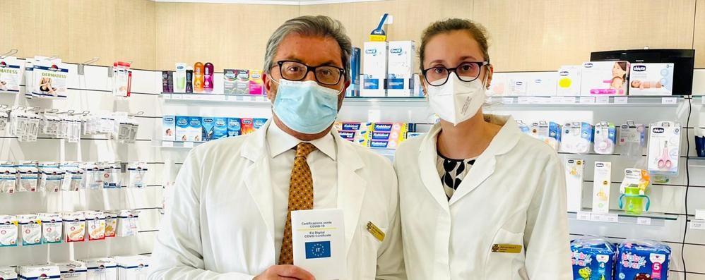 Green pass per gli anziani, a Melegnano prese d'assalto le farmacie
