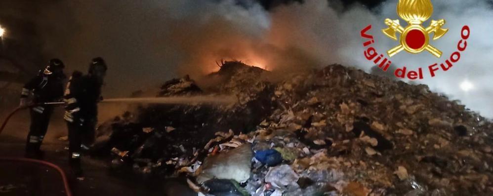 Incendio nell'impianto di Fombio, Linea Ambiente: «Danni contenuti, nessun rifiuto pericoloso»