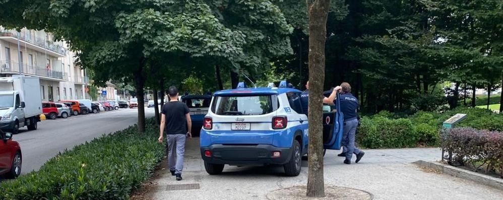 LODI Blitz della polizia nei giardini del Passeggio
