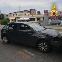 LODI In due finiscono all'ospedale dopo uno schianto in viale Piacenza