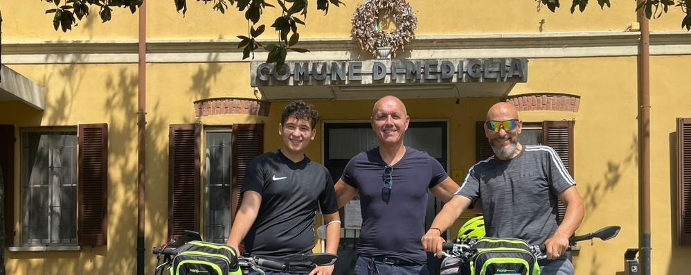 """MEDIGLIA Quasi mille chilometri in bici,  è partita la nuova """"impresa"""""""