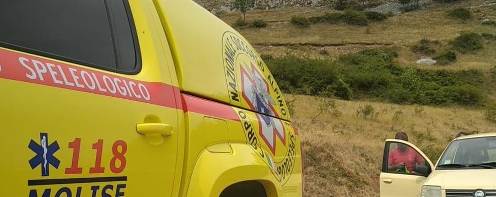 Scivola sul ponte tibetano, soccorso un 67enne di Mediglia