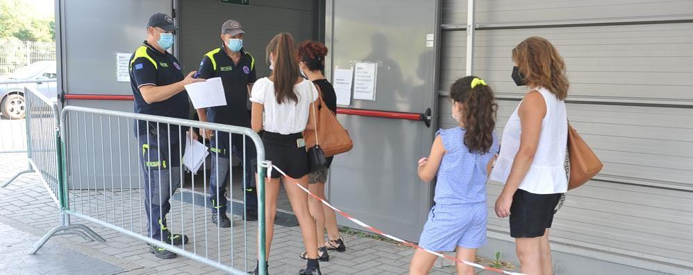 Vaccinazioni per i minorenni, anche nel Lodigiano prenotazione non obbligatoria