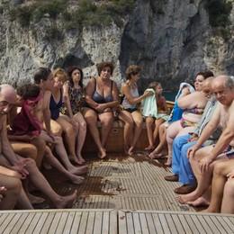 """""""È stata la mano di Dio"""", l'omaggio di Sorrentino a Napoli, famiglia e cinema"""
