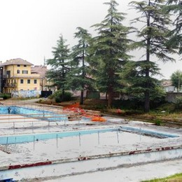 Lodi, cantiere fermo da settimane alla piscina Ferrabini