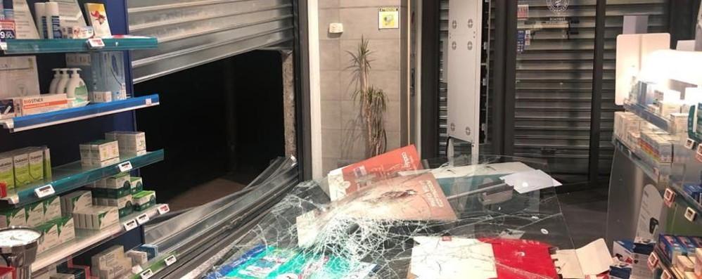 Dopo la razzia di mercoledì nuovo assalto stanotte alla farmacia Serenella di S. Giuliano