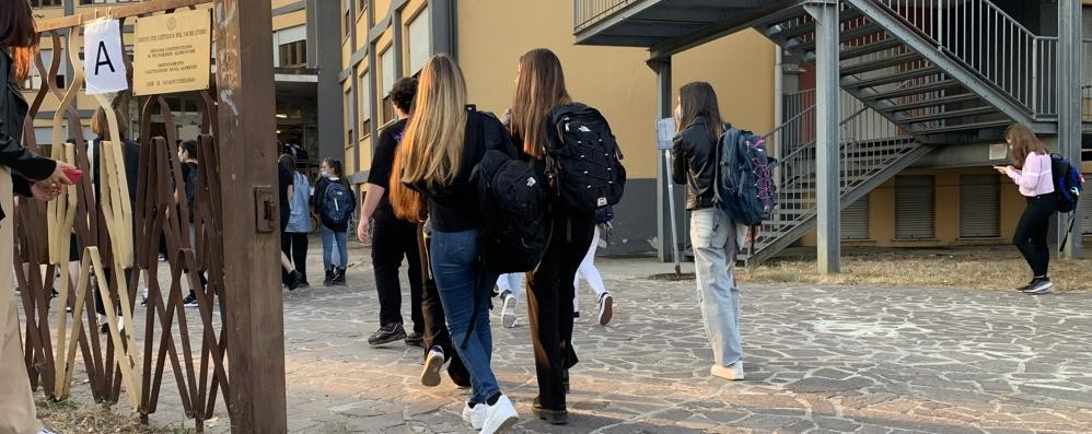 Il primo giorno di scuola nel Lodigiano e nel Sudmilano FOTO E VIDEO