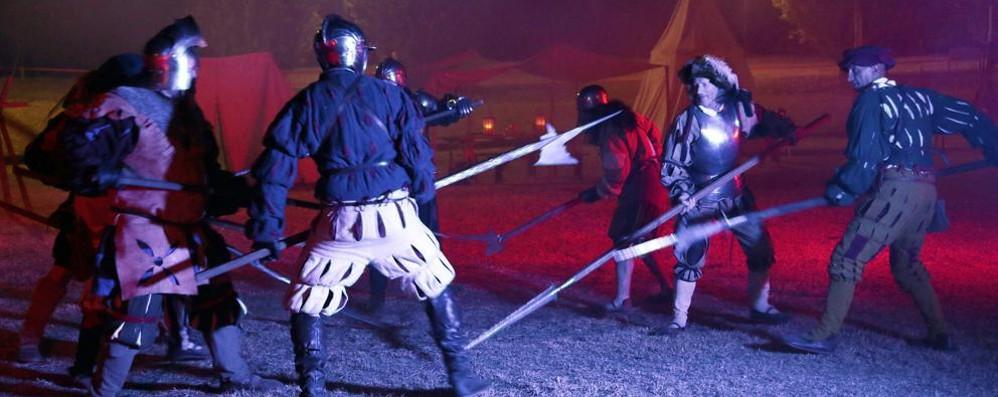 San Giuliano rivive sotto le stelle la Battaglia dei Giganti VIDEO