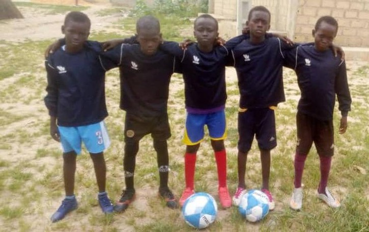 Da Zelo al Senegal, scarpette per i piccoli calciatori