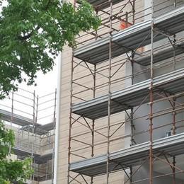L'allarme degli artigiani edili: «La carenza di materiali frena la ripresa» - Guarda la videodenuncia