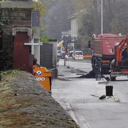 LODI Cantieri anche di notte per gli asfalti all'incrocio fra via Zalli e corso Mazzini