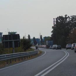 Via Emilia, lunghe code a Tavazzano per i lavori a Ponte Muzza