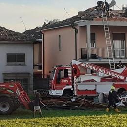 MALTEMPO Gravi danni a Corte Palasio, tetti scoperchiati e famiglie in difficoltà. Allagamenti a Lodi - VIDEO CORTE PALASIO e VIDEO LODI - PARLA IL SINDACO