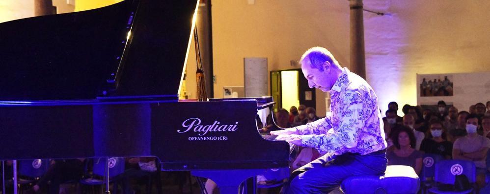 Musica, il piano di Petrin  incanta Lodi