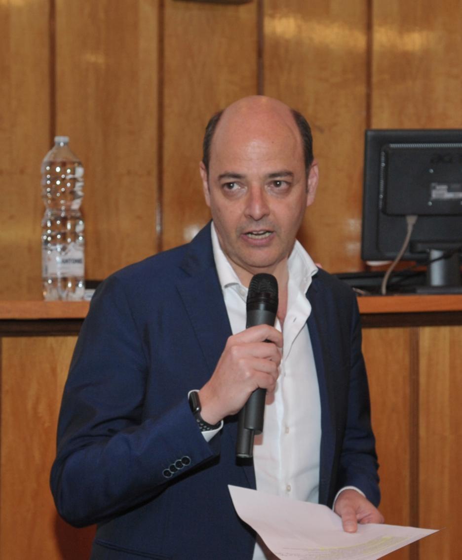 Mario Alparone