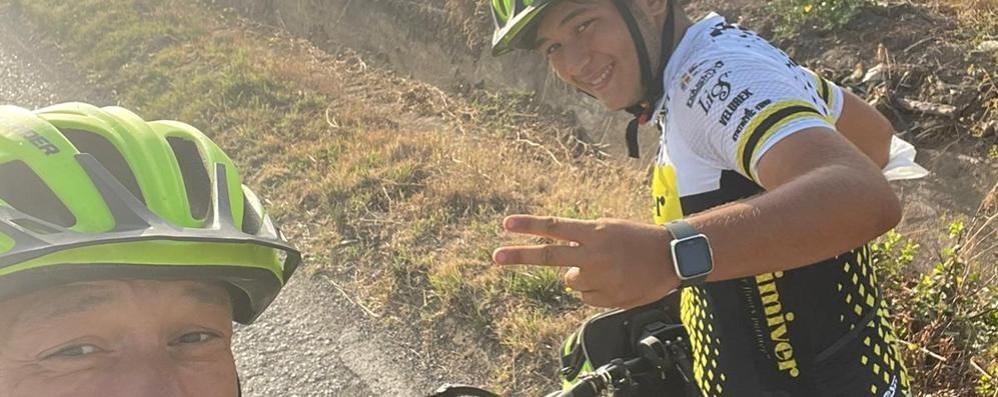 Mediglia, viaggio in bici pieno di imprevisti:  «Ci ha aiutato la Provvidenza»