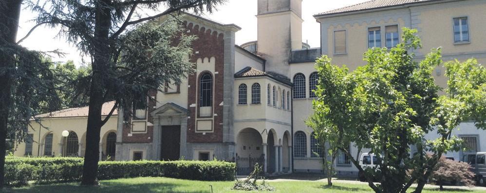 San Colombano, focolaio Covid al Fatebenefratelli: 13 ospiti positivi